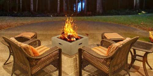Ohniště pro rozdělání ohně na terase